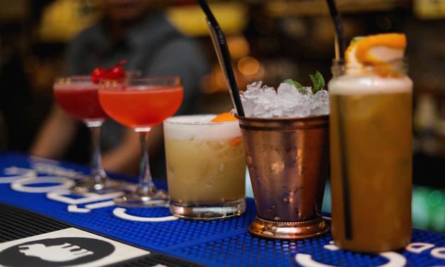 A MasterClass,Cocktails,Snacks & More